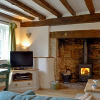 Three Ash Cottage, hotel in Bungay