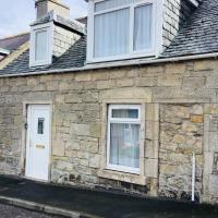 Wee Lossie Cottage, hotel in Lossiemouth