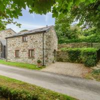 Comfortable Cottage in Dunmere with Garden