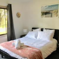 Tree of Love Farm Stay, hotel in Manjimup