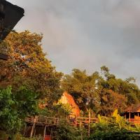 Tree Lodge Banlung, hotel in Banlung