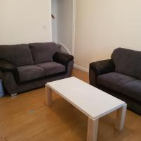 Double Bed R1-56 Wright st Free WiFi/Free Parking