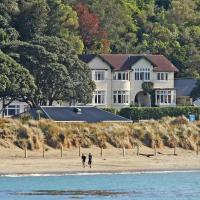 Beachfront Wellington Bed and Breakfast, hotel near Wellington Airport - WLG, Wellington
