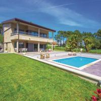 Four-Bedroom Holiday Home in Pontevedra
