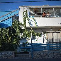 Juha's Guesthouse - Zarqa Bay