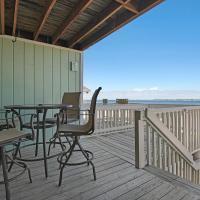 White Sands Bay Front Pensacola Condo, hotel in Pensacola Beach