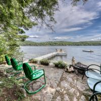 Dreamy Paradise Point, hotel in Brant Lake