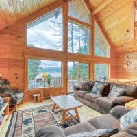 Contemporary ADK 5 Bedroom Chalet on Schroon