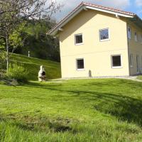 Bual da Rumein Wettstein - Ferienhaus 110m2 für max. 6 Pers., hotel in Degen