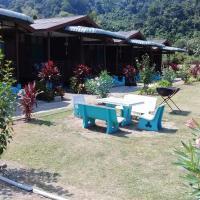 Tioman Peladang Chalet, hotel in Tioman Island