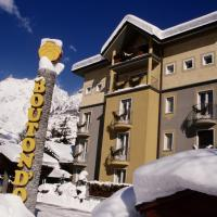 Hotel Bouton d'Or - Courmayeur, hotel a Courmayeur