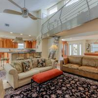 Executive Canal Home and Dock, hotel in Gulf Breeze
