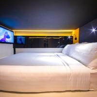 CUBE Family Boutique Capsule Hotel @ Chinatown (SG Clean, Staycation Approved)