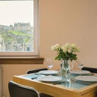 2 Bedroom Central Apartment with Stunning Castle View
