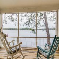 Selah Lakefront Retreat
