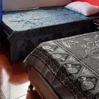 FullHabitacion 2 personas, hotel in Bogotá