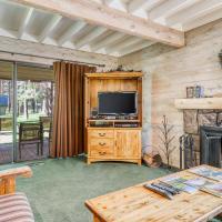 Ranch Cabin #38, hotel in Sunriver
