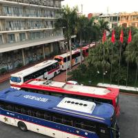Khăn quàng đỏ hotel, hotel sa Hanoi