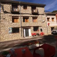 Casa Rural y Albergue Tormon, hotel in Alobras