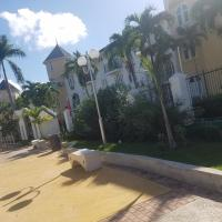 ROSI Ocean Sand Hotel Apt (@Sandcastles), hotel in Ocho Rios