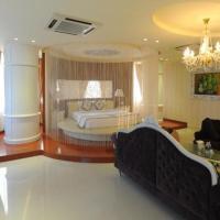 Viet Uc Hotel, hotel in Ben Tre
