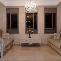 Atzulat Europe Luxury Villa- Emek Ha'ella, hotel in Newe Mikha'el