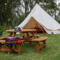 Sleeps-6 lakeside bell tent - Suffolk