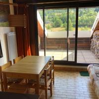 Duplex 6 à 8 couchages calme avec solarium plein Sud, hotel in Ancelle