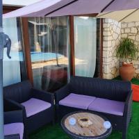 Louro's Villa - 12130AL, hotel in Cantanhede