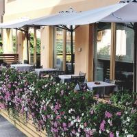Hotel Paganella, hotel in Molveno