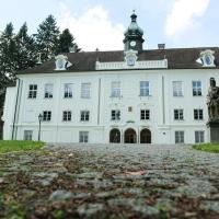rokokový zámek Zalužany, hotel v destinaci Zalužany