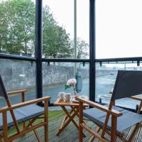 Tamar View Serviced Apartment, hotel in Plymouth