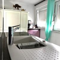 Messe -Terrassen Apartment Qerreti's