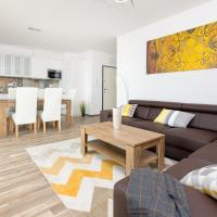 Warsaw Airport 3-Bedroom Apartment, hotel near Warsaw Frederic Chopin Airport - WAW, Warsaw
