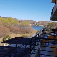 Altos del Lago, hotel en Potrero de los Funes