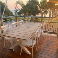 Beach front Villa at Tangalooma, hotel in Tangalooma