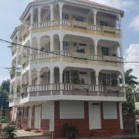 Unit 2 Private Apartment - Roseau, hotel in Roseau