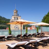 Radisson Rosa Khutor Hotel, hotel in Estosadok
