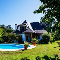 Chalet con piscina y 2000 m de jardín