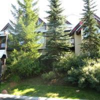 Villas Snowberry by Whistler Retreats