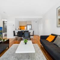 Stylish Apartment With Large Balcony and Parking