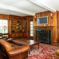 Overlook Manor