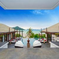 D-Lux 4 bed sea view villa with private beach, hotel in Thalang