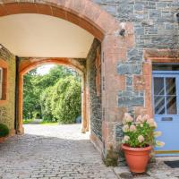 Stable Retreat, hotel in Dumfries
