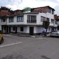 Apartamento Barrio Trinidad Medellin, hotel near Olaya Herrera Airport - EOH, Medellín