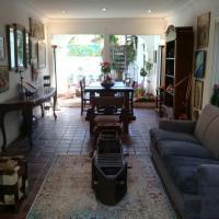 Arte, diseño y detalles vintage en una acogedora residencia de Lomas de San Isidro