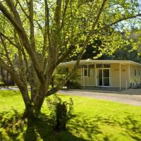 Russell Falls Holiday Cottages, hotel em National Park