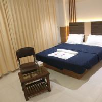 HOTEL SAHYOG & ROOMS, hotel in Surat