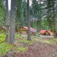 Mountains Are Calling Cabin & Guest Cottage