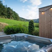 Les Avernas En Haut Romantic Getaway, hotel in Lierneux